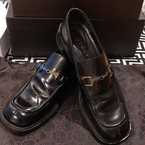 Classic Gucci Black Leather Loafers size 36